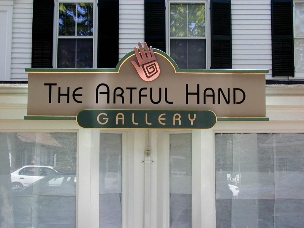 Artful Hand wall sign