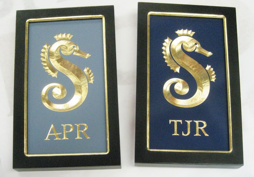 seahorse-plaques